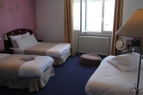 chambre 4 personnes chambre 3 4 personnes vue mer hotels 3 à oleron site