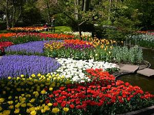 Beautiful flower gardens of the world decorating clear for Beautiful flower gardens of the world