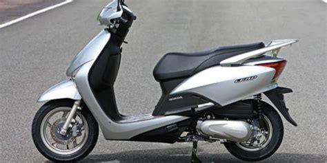 carros noticias honda lanca  scooter lead