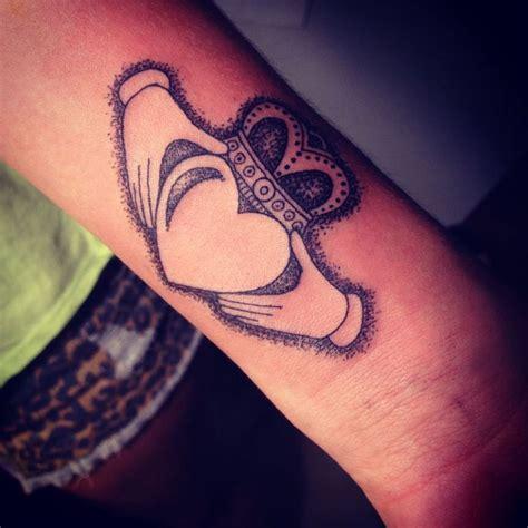 small claddagh tattoo irish tattoos tattoos