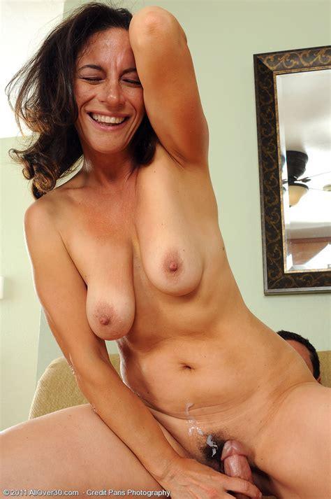 Beautiful Milf Nude Naked Xxgasm