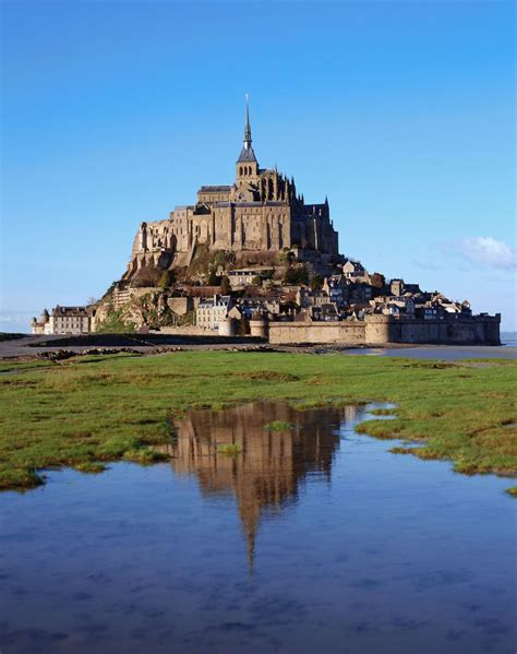 travel guide le mont michel the michelin green guide