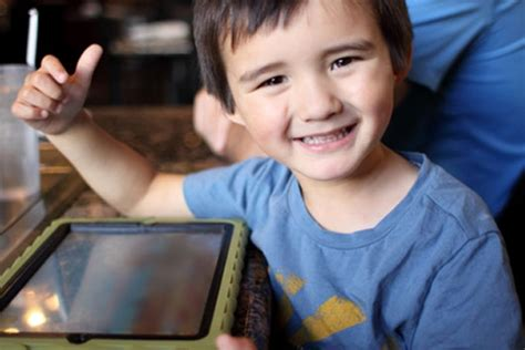 apps for children with special needs mamiverse 818 | iPad Apps for Children with Special Needs MainPhoto