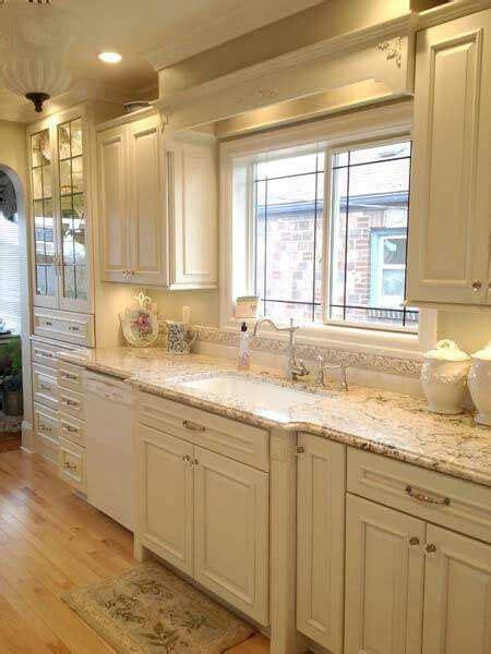 beautiful kitchen creamy white cabinets  kitchen