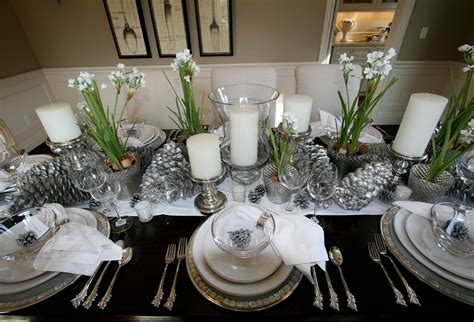 Blue And Silver Christmas Table Decoration Ideas In White