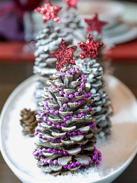 easy seasonal pinecone crafts hgtvs decorating