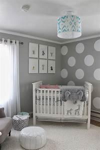 Wandfarbe Für Kinderzimmer : wandfarbe grau und wand streichen muster wei e punkte f r ~ Lizthompson.info Haus und Dekorationen
