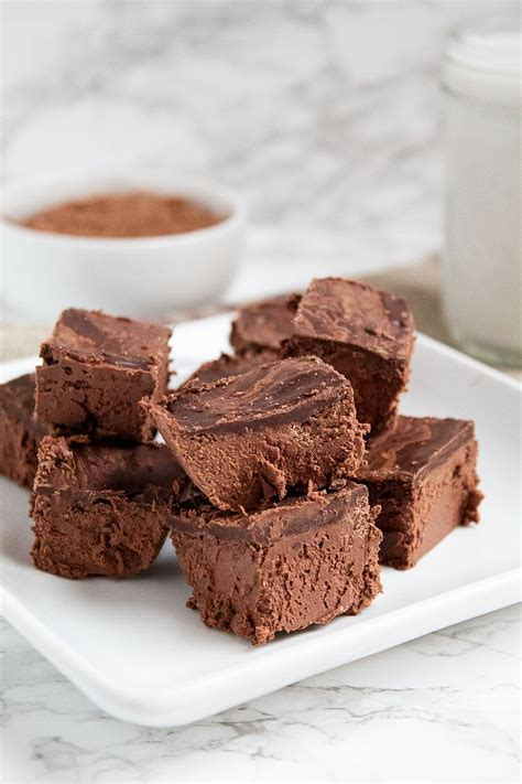 This keto coconut oil fudge has just 3 ingredients, and it's healthy & vegan, with easy flavors to make peanut butter: Keto Chocolate Heaven - Florida Keto