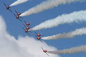 dunsfold 39 wings wheels 39 report by uk airshow review