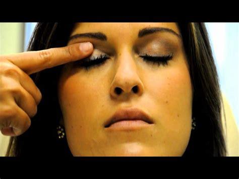 reduce scarring  upper blepharoplasty eyelid