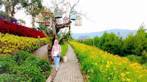 lokasi  jam buka rainbow garden bandung pesona