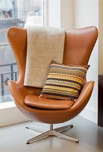 Dänisches Design Möbel : d nisches design m bel von arne jacobsen ~ Frokenaadalensverden.com Haus und Dekorationen