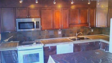 d駻ouleur cuisine comptoir de c駻amique cuisine 100 images comptoir de cuisine granite au sommet les meilleurs carrelages pour votre comptoir de cuisine
