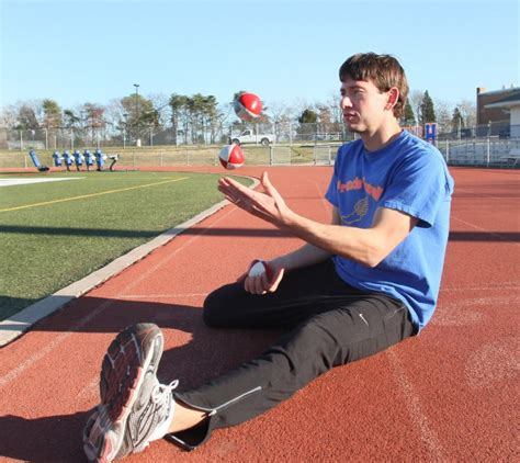 francis howell track coach sets joggling world record 784 | 50d626d9f1284.preview 620
