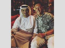 Mesut Ozil makes pilgrimage to Muslim holy city Mecca