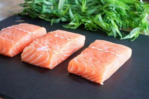 cuisiner saumon entier les poissons quelle quantité par personne
