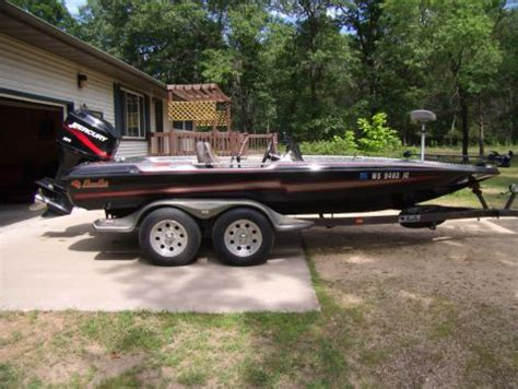 Used Bass Boats In Wisconsin by Bass Boat New And Used Boats For Sale In Wisconsin