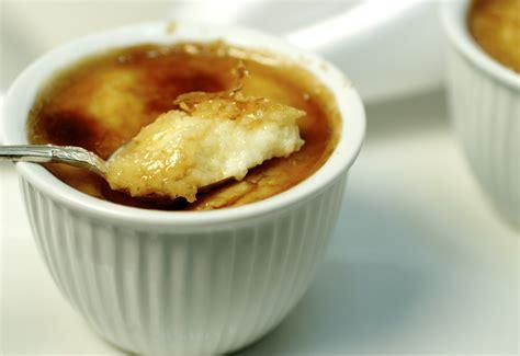 cuisine libanaise semolina pudding lekmat al helwa taste of beirut