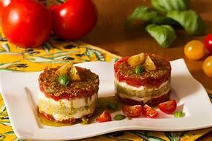 Feuille De Tomate : tartare de tomates et mozzarella en mille feuille ~ Melissatoandfro.com Idées de Décoration