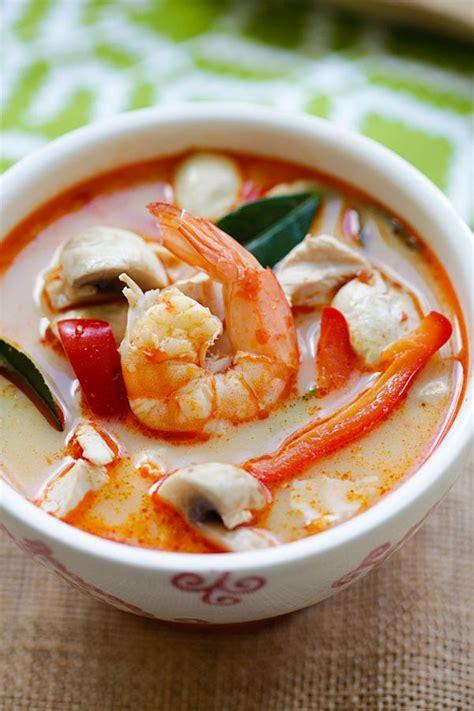 thai coconut chicken shrimp soup keeprecipes