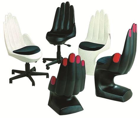 palm chairs style nails magazine