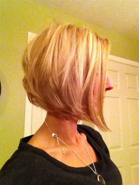 haircuts wavy hair best 25 layered angled bobs ideas on longer 2817
