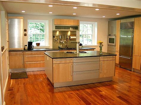 small kitchen interior design ideas apply the kitchen with the most popular kitchen colors