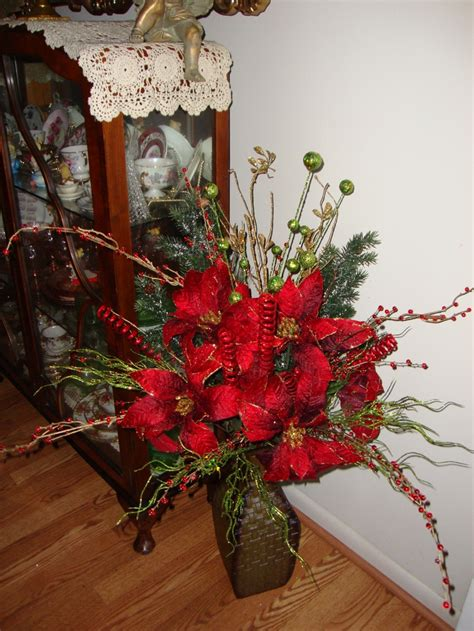 christmas floral arrangement crafts  stuff christmas