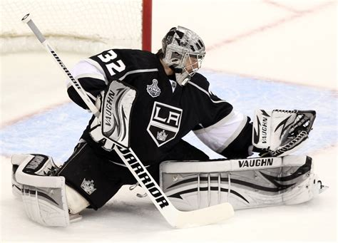 Jonathan Quick - Jonathan Quick Photos - 2012 NHL Stanley ...