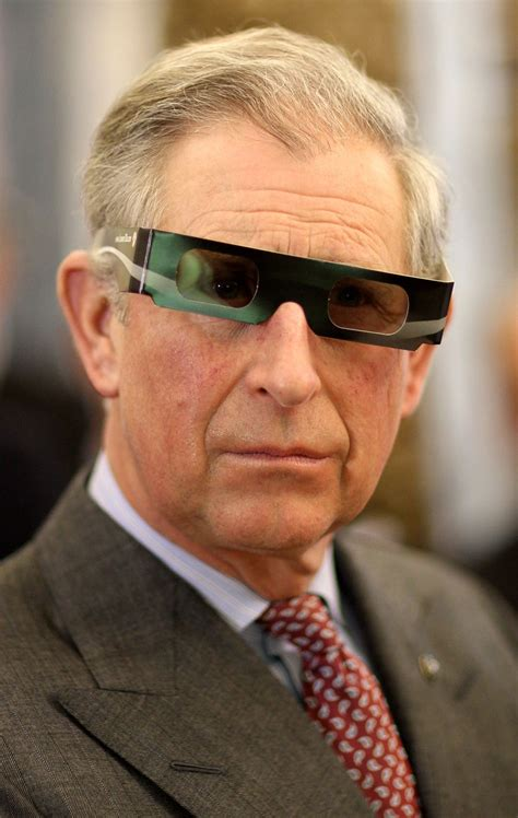 Prince Charles Models 3-D Glasses (PHOTO) | HuffPost