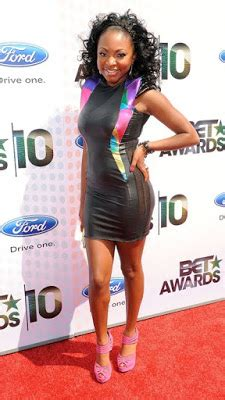 naturi naughton twin the real twins of nyc bet awards worst best dressed