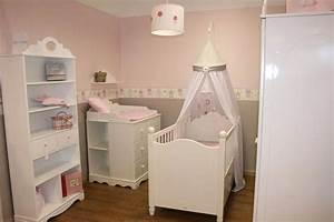 Baby Deko Zimmer : deko gestalten madchen gelb grau teppich babyzimmer kinderzimmer kinderzimmer kinderzimmer ~ Eleganceandgraceweddings.com Haus und Dekorationen