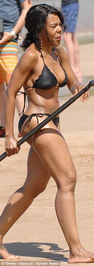 kelly fletcher actress eddie murphy s ex wife nicole shows off incredible bikini