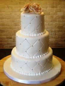 wedding cake pictures wedding cake ideas thatweddinggirl