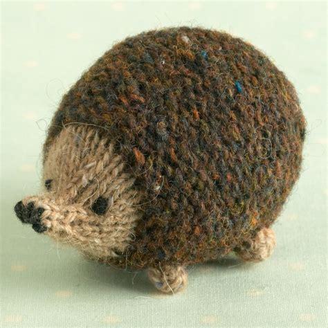 knitting pattern    oddment hedgehog folksy