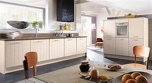 Küchen Günstig Mit Elektrogeräten : landhaus k chenzeile mit elektroger ten ~ Bigdaddyawards.com Haus und Dekorationen