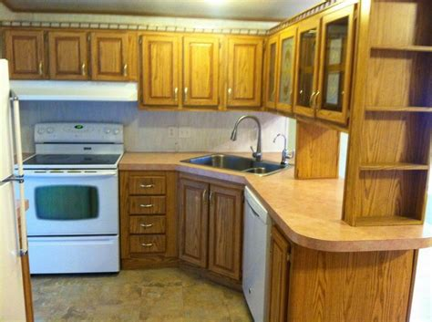 mobile home kitchen cabinets 25 best ideas about mobile home kitchens on