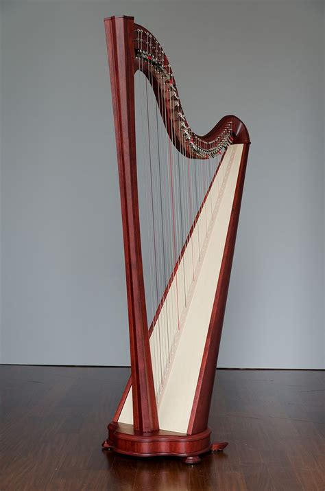 what is a l harp 27 best images about harps the most beautiful of