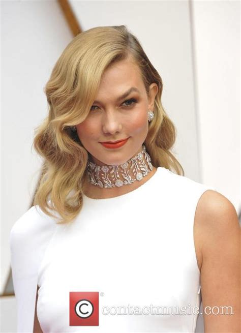 Karlie Kloss Biography News Photos Contactmusic