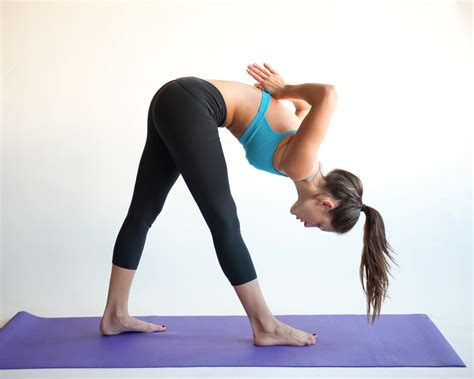 How To Perform The Intense Side Stretch In Yoga