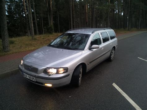 volvo  estate car wagon   reviews