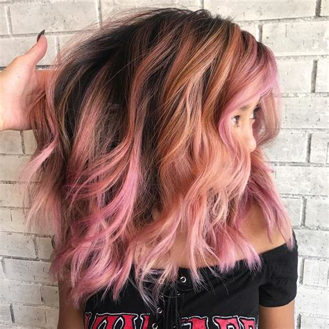 10 Wavy Shoulder Length Hairstyles 2020