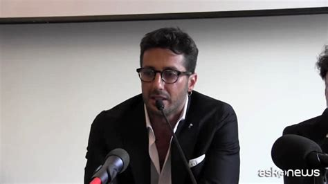 """Fabrizio Corona Presenta Il Suo Libro """"non Sono Libero"""
