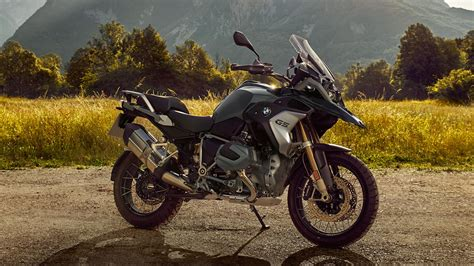 bmw   gs pictures  wallpapers top speed