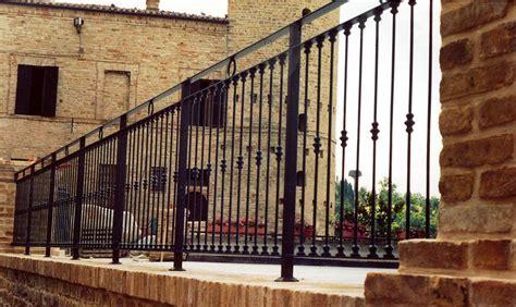 ringhiera per terrazzo ditta grimaldini lavorazione in ferro e alluminio