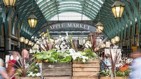 Covent Garden Market - Craft Market - visitlondon.com