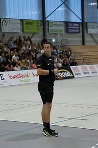 Wireless referee communication system for handball - AXIWI