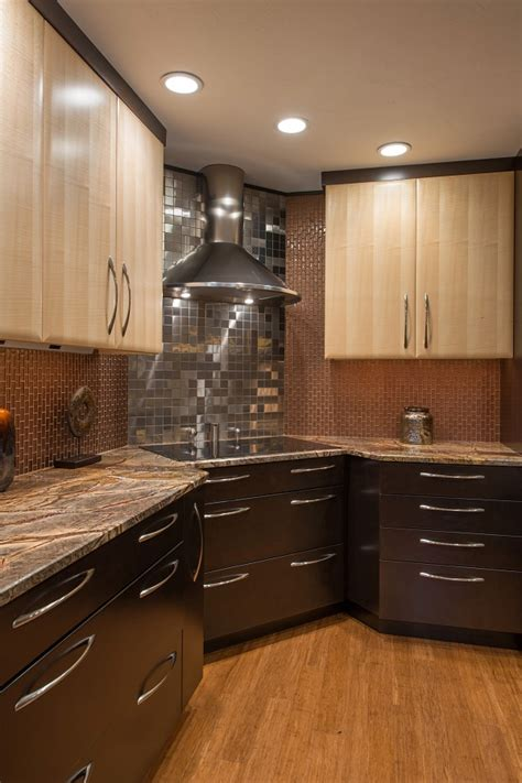 chrome backsplash 9 eye catching backsplash ideas for every kitchen style