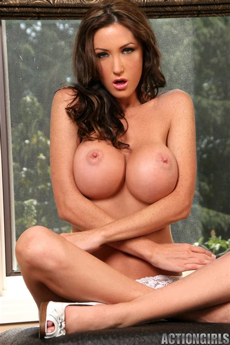 angie woods nackt