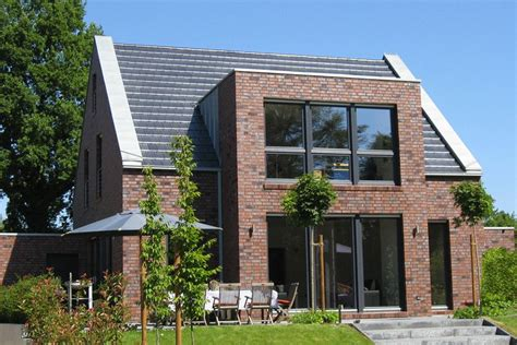 Haus Roter Klinker by Architektenhaus Roter Klinker Ms Garten Perspektive My